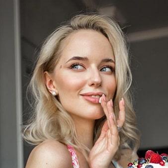 Вэрайети Настя