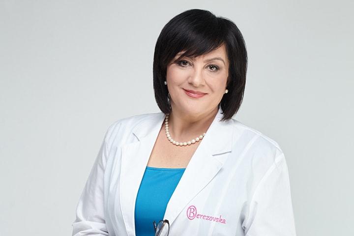foto-u-ginekologa-dami-transseksualki-ogromnie-bedra