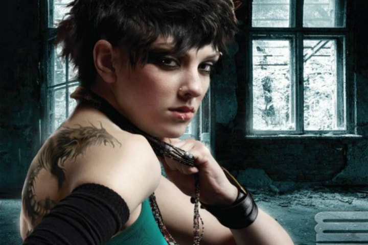 На работе девушки с татуировкой дракона работа в стерлитамаке вакансии сегодня девушке